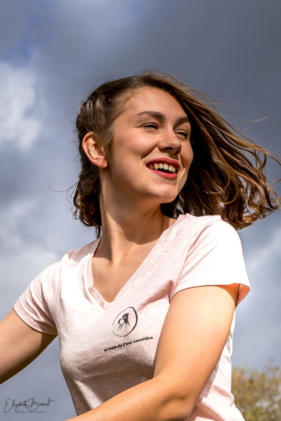 Laura modèle pour la Vraie Vie d'une Cavalière